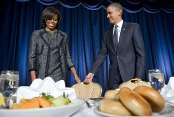 Obama para de fumar e Michelle está 'orgulhosa'