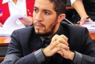 Jean Wyllys: 'Dilma se precipitou', diz deputado sobre suspensão de kit contra homofobia