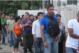 Cuba derruba exigência de permissão para deixar país