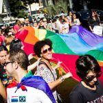 Lésbicas protestam contra machismo, racismo e lesbofobia em SP