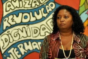 A história oficial exclui os negros da construção do país, denuncia Cláudia Durans
