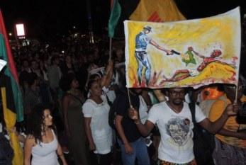 Juventude negra no Brasil vive em campo minado