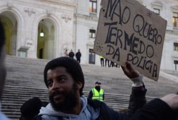 """""""A violência policial é a face mais visível do racismo em Portugal"""" diz Flávio Almada"""