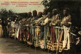 As guerreiras africanas do Daomé estão nas ruas do Senegal