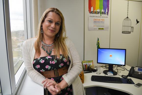 Symmy Larrat: prioridade da minha coordenação é lutar para que a sociedade trate as trans e travestis de forma igualitáriaMarcello Casal Jr/Agência Brasil