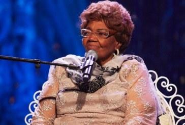 Aos 95 anos, Dona Ivone Lara é tema de shows, exposição e livro