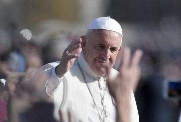Papa autoriza de forma definitiva que padres perdoem o aborto