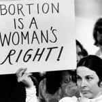 Já podemos celebrar que aborto até o terceiro mês não é crime? Explicamos direitinho a decisão do Supremo