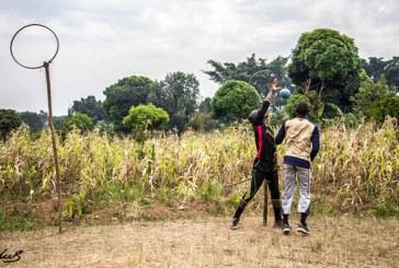 Fotógrafa vai até Uganda retratar o único time de quadribol da África