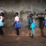 Série de fotos impressionante retrata o balé empoderando crianças no Quênia