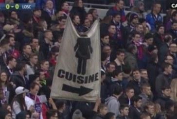 Show de machismo! Faixa de torcida diz que mulheres não deveriam ir ao estádio