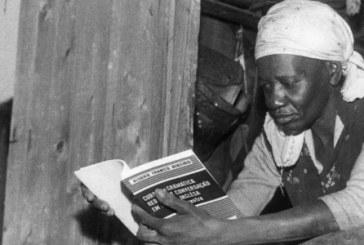Símbolo de combate ao racismo, escola quer levar nome da escritora Carolina Maria de Jesus
