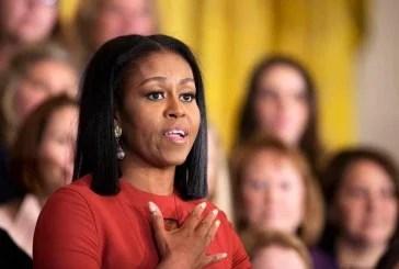 Michelle Obama faz discurso de despedida emotivo na Casa Branca