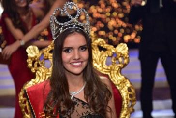 Miss Bélgica é acusada de racismo após post em rede social