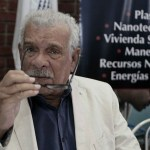 Escritor caribenho Derek Walcott, Nobel de Literatura de 1992, morre em Santa Lúcia aos 87 anos