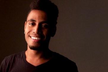 Ícaro Silva sobre ser um homem negro no Brasil: 'É preciso estar atento e forte'