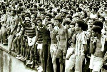 Futebol sempre foi coisa para pobre no Brasil, até decidirem que não seria mais