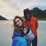 Clipe romântico vira alvo de racismo e ameaças de morte no youtube