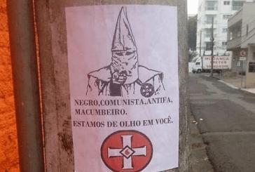 """""""Negro, comunista, antifa e macumbeiro, estamos de olho em você"""": advogado negro ameaçado em Blumenau"""