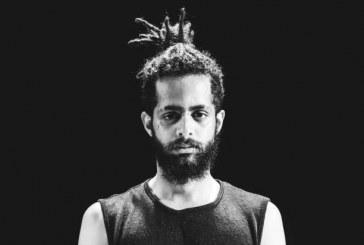 Bailarino fica 8 horas amarrado por guardas por encenar sobre extermínio de pobres no Brasil e de negros pelo mundo