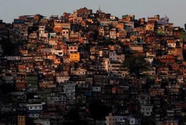Candidatos 'reféns' de tiroteio na Rocinha perdem vestibular da UERJ