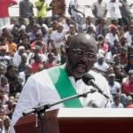 Ex-melhor do mundo, Weah toma posse como presidente da Libéria