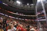 Time da NHL bane torcedores após racismo em jogo