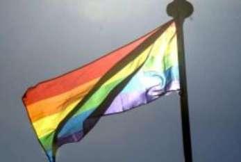 Mais de 1,4 mil travestis e transexuais pediram nome social no título
