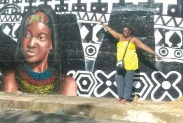 """Angolanos e brasileiros pintam """"resistência negra"""""""