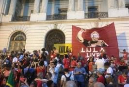 """Márcia Tiburi: """"O respeito à Constituição acabou no Brasil desde o golpe de 2016"""""""