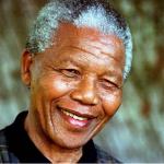 Documentos mostram que governo dos EUA monitorou Mandela até 2008