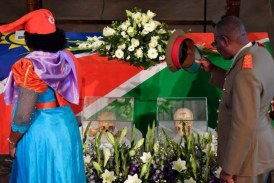 Alemanha devolve à Namíbia restos de vítimas de massacre colonial