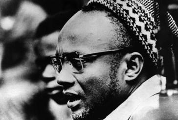 Música e tertúlia na celebração do nascimento de Cabral
