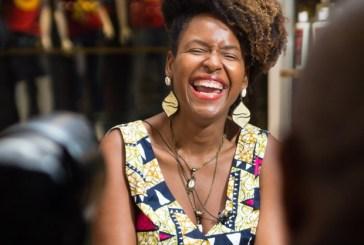 Negras empreendedoras: a mulher por trás da marca referência em cabelos crespos