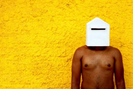Exposição de arte contemporânea denuncia ausência de corpos negros na sociedade