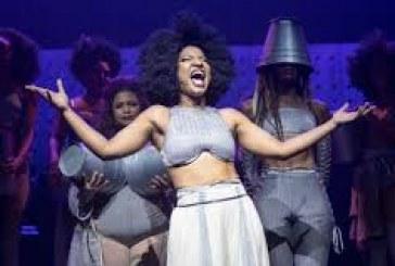 'Elza' em cartaz no Sesc Pinheiros: Musical celebra carreira de Elza Soares