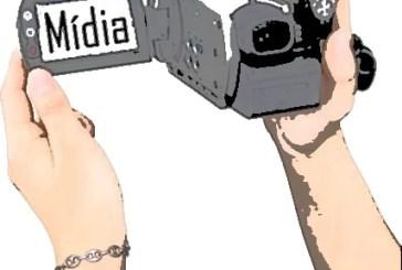 """Como a mídia ajudou a construir o """"mito"""" que ameaça a democracia"""