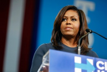 Michelle Obama revela que fez fertilização in vitro para gerar suas filhas