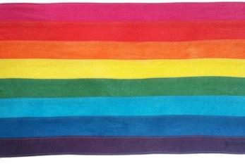 Avon se junta à ONU para combater a LGBTIfobia em ambientes de trabalho