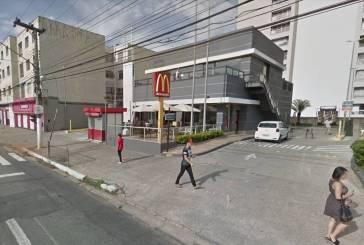 Fernanda Vicentina da Silva é expulsa de um McDonald's após ser confundida com pedinte em São Paulo
