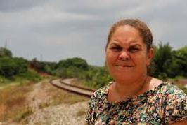 Cortes em programas sociais devolvem mulheres à miséria e à violência doméstica, dizem especialistas