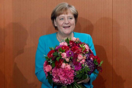 Merkel se solidariza com deputadas atacadas por Trump