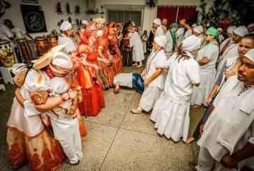 Membros de religiões afro na zona leste de SP buscam driblar preconceito por tradição