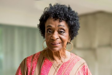 Léa Garcia, a brasileira que encantou Paris, completa 86 anos