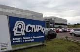 Sem dinheiro, CNPq deve suspender pagamento de bolsas