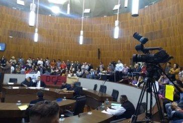 Estudantes e professores derrubam projeto LGBTfobico em Santo André