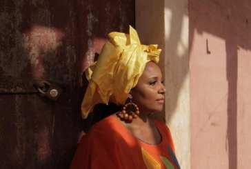 """Eneida Marta, a voz da Guiné-Bissau. """"Cresci num país feliz, livre e independente"""""""