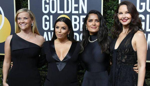 Reese Witherspoon, Eva Longoria, Salma Hayek e Ashley Judd, no tapete vermelho do Globo de Ouro- todas usando vestido preto