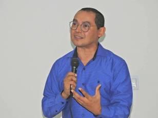 César Crispim (53)
