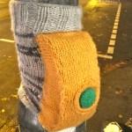Yarnbombing in Köln: Der Strickschalter